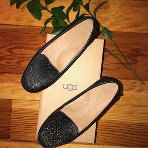 UGG Calir Flat Black 7